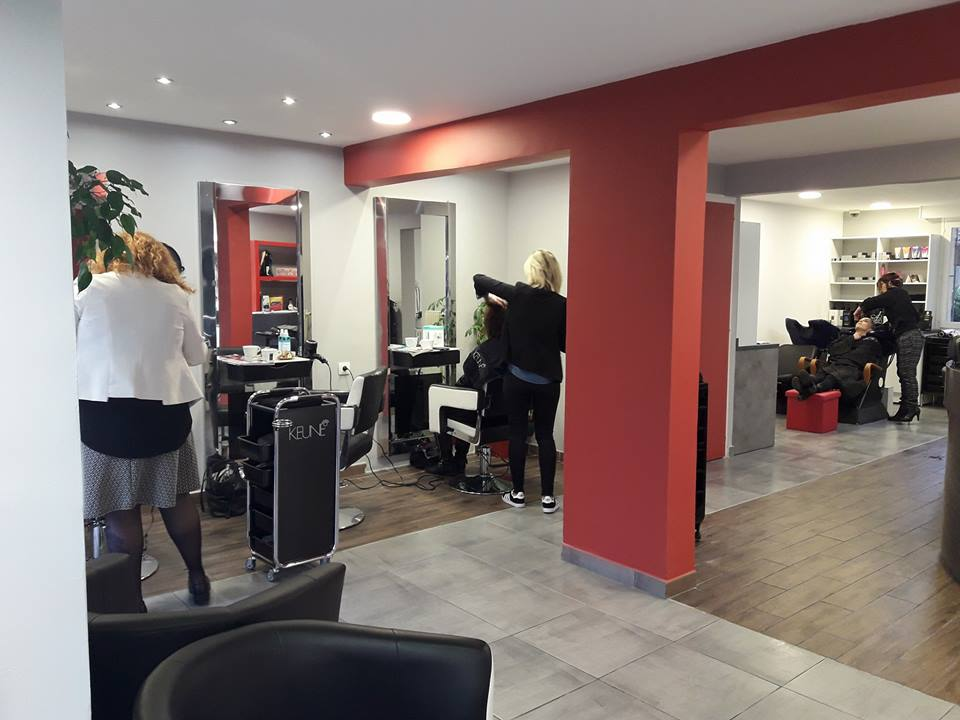 July Hairdressing Beauty - Ambilly